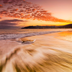 by Luca Rosacuta - Landscapes Waterscapes ( clouds, waterscape, waves, sunset, sea, landscape )