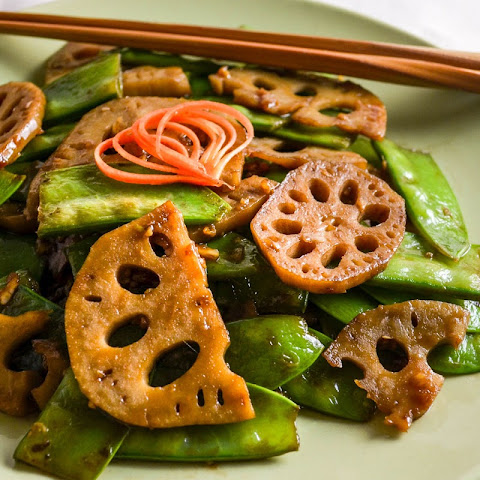 Stir Fried Snow Peas and Lotus Root