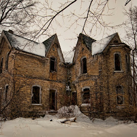 This old House.  by Carl Chalupa - Buildings & Architecture Decaying & Abandoned ( old house, abandoned house )