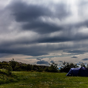 cloud and sunstreams by Benny Høynes - Landscapes Cloud Formations ( sunstreams, clouds, canon, bennyhøynes, sigma, tent, landscape )