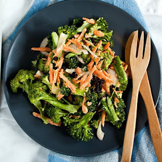 Broccoli Salad with Carrots and Currants