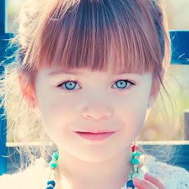 Blue Eye'd Beauty by Jenny Hammer - Babies & Children Child Portraits ( child, girl, beautiful, blue eyes, sun )