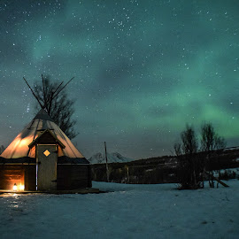 Sami Lavu Tent by E-Den Tan - Landscapes Travel ( lavu, sami, winter, aurora borealis, aurora, northern lights, tent, norway )
