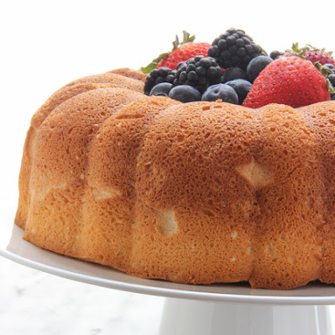 Angel Food Bundt Cake