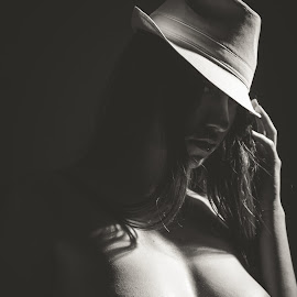 Fedora 70 by Lissa White - Nudes & Boudoir Artistic Nude