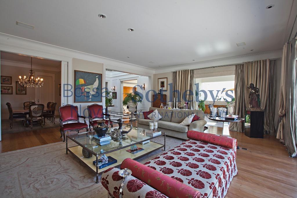Em excelente localização com conforto e sofisticação.