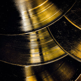 Old scratch vinyl discs by Opreanu Roberto Sorin - Artistic Objects Other Objects ( gramophone, studio, old, technology, plastic, player, segment, album, disk, equipment, round, party, long, disc, disco, black, turn, art, label, record, soundtrack, hi-fi, sound, revival, records, media, song, lp, retro, circle, collection, dj, vinyl, melody, listen, classic, closeup, music, scratch, turntable, audio, vintage, obsolete, play, track, electronic, entertainment, color, background, club )