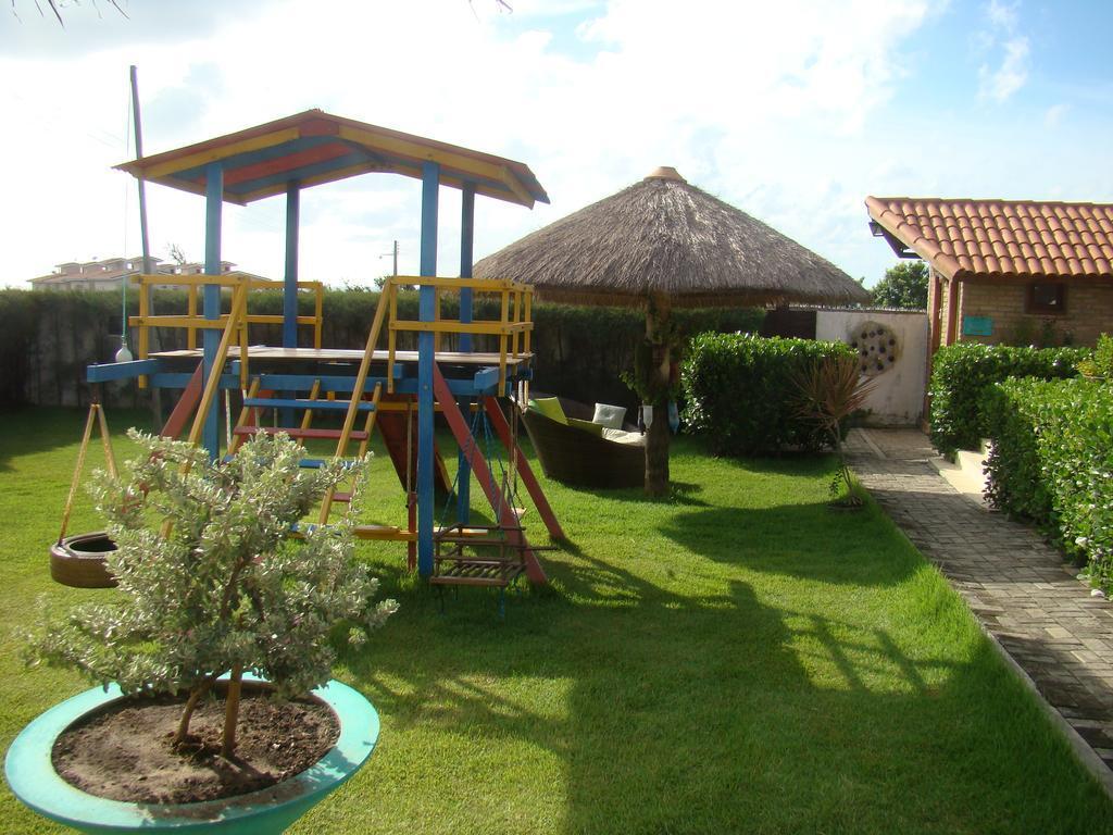Pousada comercial à venda, Loteamento Praia Bela, Conde.