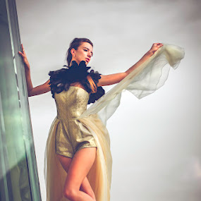 down the earth by Handy Wijaya - People Fashion ( polina romanova, fashion, surabaya )