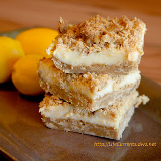 Oatmeal Lemon Cre?me Bars