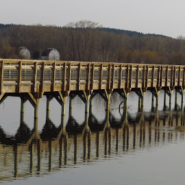 by Loreen Parkerson - Buildings & Architecture Bridges & Suspended Structures