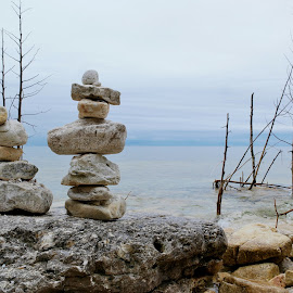 by Lori Rose - Nature Up Close Rock & Stone