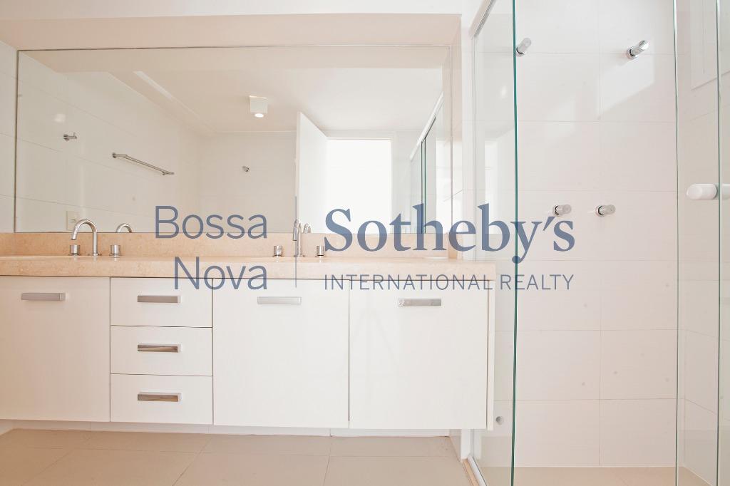 Casa Nova em Condomínio fechado no melhor do Campo Belo