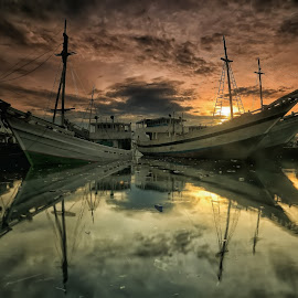 the Ships... by Ina Herliana Koswara - Transportation Boats ( water, reflections, ships, sunrise, morning )