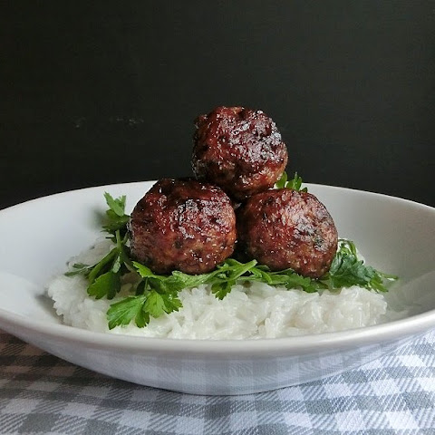 Baked Green Tea Pork Meatballs