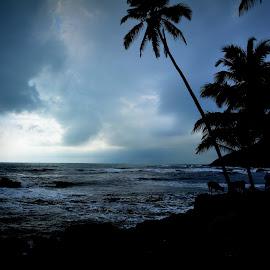 Dark evening at beach by Vikas Jorwal - Landscapes Travel ( clouds, jaipur, silhouette, goa, dark, sea, india, seascape, vikas, landscape, evening )