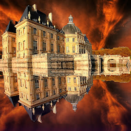 Reflet dans les douves by Gérard CHATENET - Digital Art Places