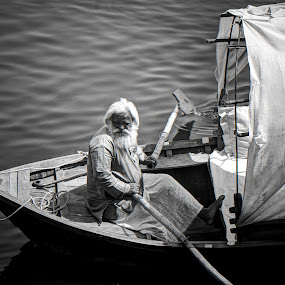 life on water... by Vyom Saxena - People Portraits of Men