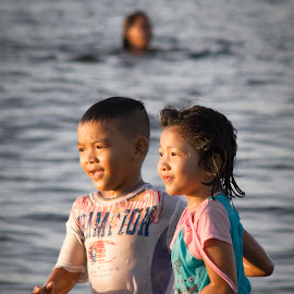Together by Wing Yin Cheong - Babies & Children Children Candids ( sunset, children, accompany, beach, run, together )