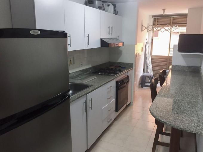 apartamento en arriendo poblado 585-21798
