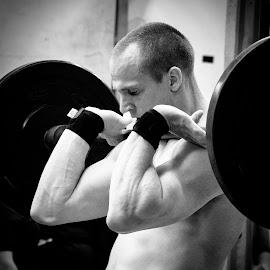15.5 by Amy Matthes Okasinski - Sports & Fitness Fitness ( thrusters, crossfit kaiserslautern, weights, open 15.5, germany )