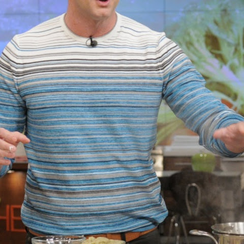 Clinton Kelly's Crispy Chicken Thighs