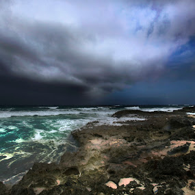 Cozumel, in the morning by Cristobal Garciaferro Rubio - Landscapes Weather ( wavee-s, clouds, sand, pwcfoulweather, storm )