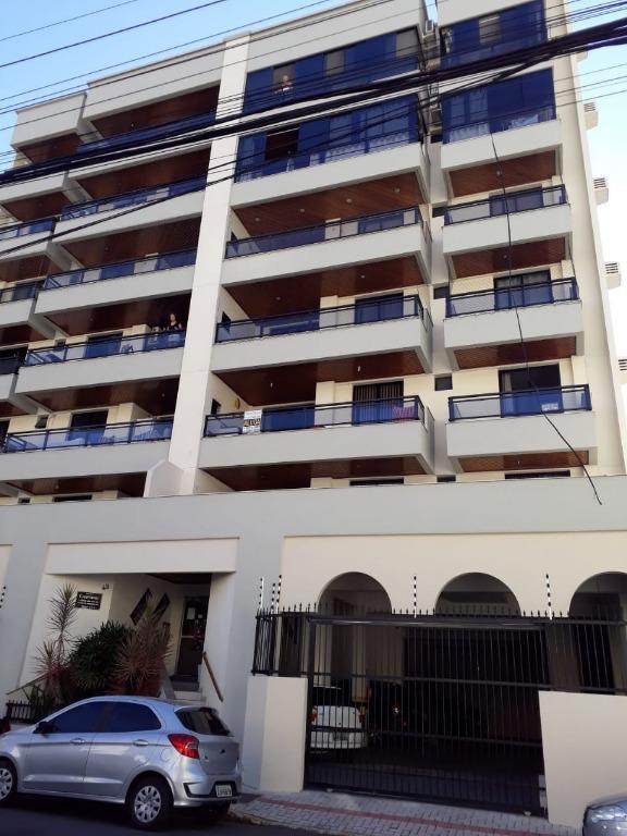 Apartamento com 2 dormitórios à venda, 89 m² por R$ 478.000 - Meia Praia - Itapema/SC
