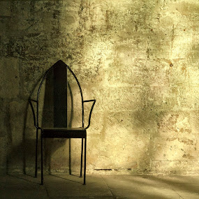 THE CHAIR by Adrian Penes - Buildings & Architecture Other Interior ( avignon, france )