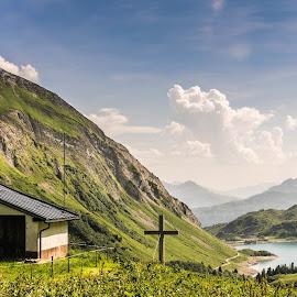 high up by Linda Brueckmann - Landscapes Mountains & Hills