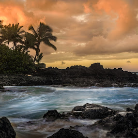 Sunrise at Makena Bay by Andy Snider - Landscapes Beaches ( maui, sunrises, seascapes, ocean, sunrise, seascape, hawaii )