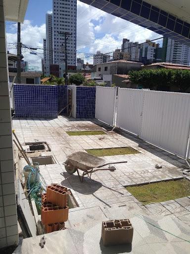 Apartamento com 2 dormitórios sendo um suite à venda no litoral, 45 m² por R$ 200.000 - Manaíra - João Pessoa/PB
