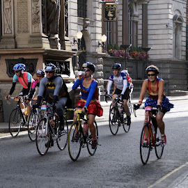 Heroes on the streets of London by Agnieszka Wasicka - Sports & Fitness Cycling
