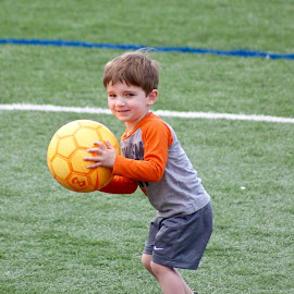 The little soccer player. by Peter DiMarco - Babies & Children Children Candids ( soccer, children, children candids, playing, child )