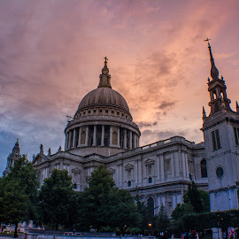 St. Paul's & A Burning Sky by Stuart Lilley - Buildings & Architecture Places of Worship ( building, sunsets, sunset, buildings, cathedrals, cathedral,  )