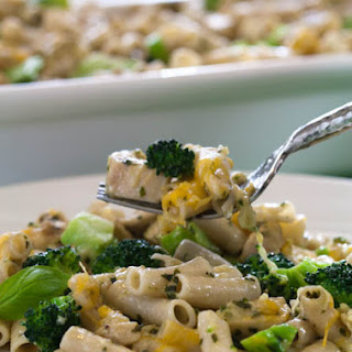 Creamy Chicken and Broccoli Pesto Penne