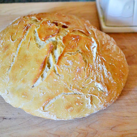 Dutch Oven Bread – No Knead!