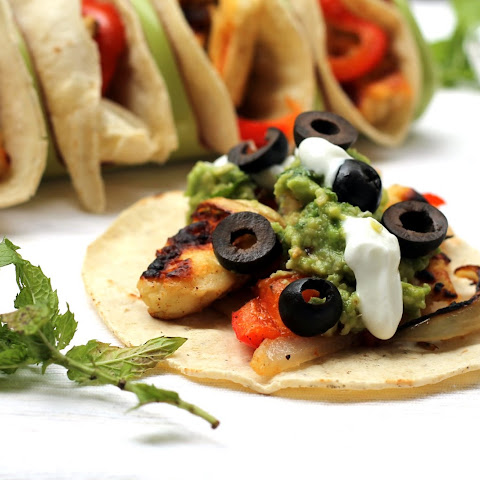 Grilled Halloumi Tacos With Minted Guacamole