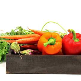 A tray of fresh vegetables by Dipali S - Food & Drink Fruits & Vegetables ( orange, peppers, healthful, diet, appetizing, capsicum, delicious, yellow, health, edible, nutrition, tasty, red, nature, fresh, food, healthy, antioxidant, carrots, eat, freshness, ingredient, vegetarian, harvest, vegetable, natural )