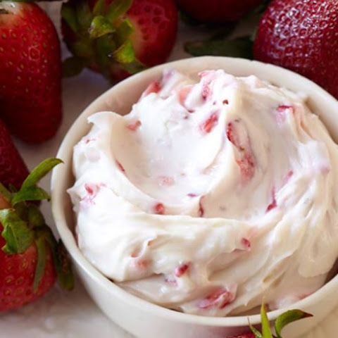 Strawberries with Cream Cheese Dip