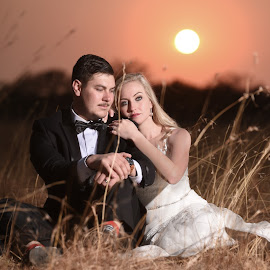 Sunrise beauty by Junita Stroh - Wedding Bride & Groom ( wedding photography, wedding photographers, south africa, wedding dress, destination wedding, photography, love, luxury, wedding gown, wedding, weddings, wedding day, fine art photography, bush, sunrise, destination wedding photographers )