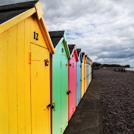 colored beach houses cornwall by Christoph Reiter - Buildings & Architecture Other Exteriors ( uk, color, beach, cornwall, gb )