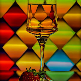 by Dragan Rakocevic - Artistic Objects Glass