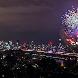 7/4/16- Fireworks over Seattle by Geoff Vlcek - Public Holidays July 4th ( holiday, seattle, 4th of july, fireworks, long exposure, cityscape, nightscape,  )