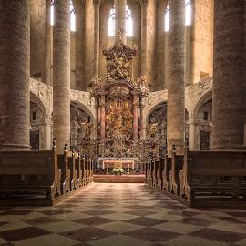 Franziskanerkirche by Ole Steffensen - Buildings & Architecture Places of Worship ( franziskanerkirche, interior, salzburg, church, austria,  )
