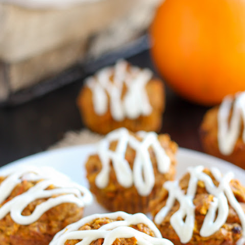 Healthy Pumpkin Carrot Apple Muffins