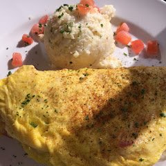 Maryland Omelet with Grits