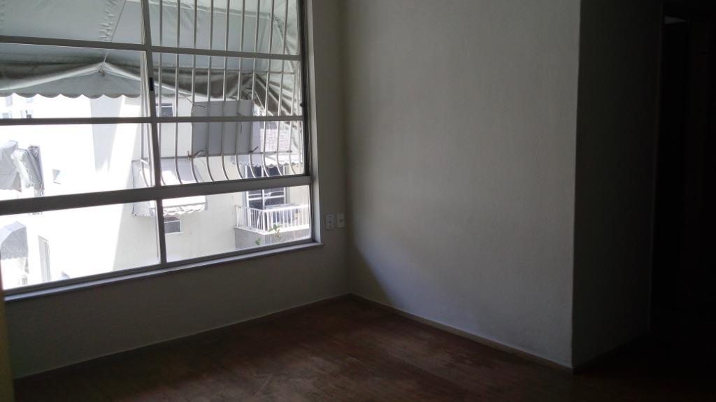 Apartamento com 1 dormitório para alugar, 55 m² por R$ 1.200/mês - Icaraí - Niterói/RJ