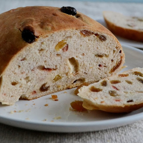 Eggless Julekake - Norwegian Bread
