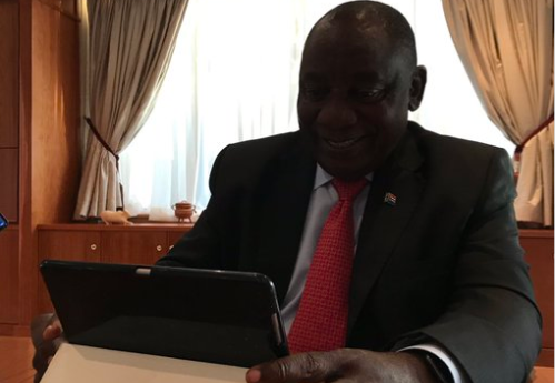 #HolaMatamela: President Cyril Ramaphosa engages with SA on Twitter